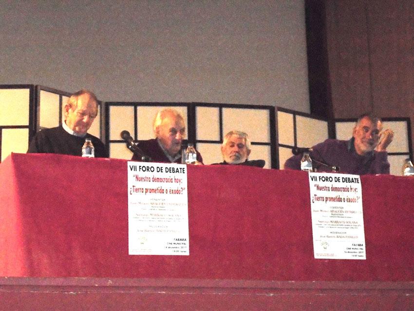 L'associació Wirberto Delso reflexiona a Favara sobre la democràcia actual