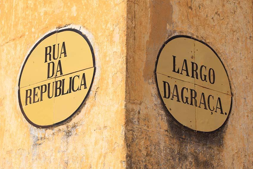 Volem una llengua normal, com a Portugal