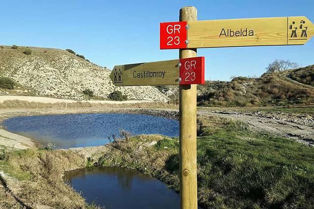 Caminar d'Albelda a Castellonroi pel GR23