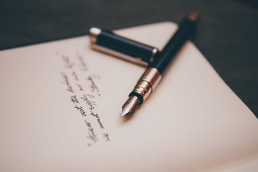 El plaer d'escriure amb ploma