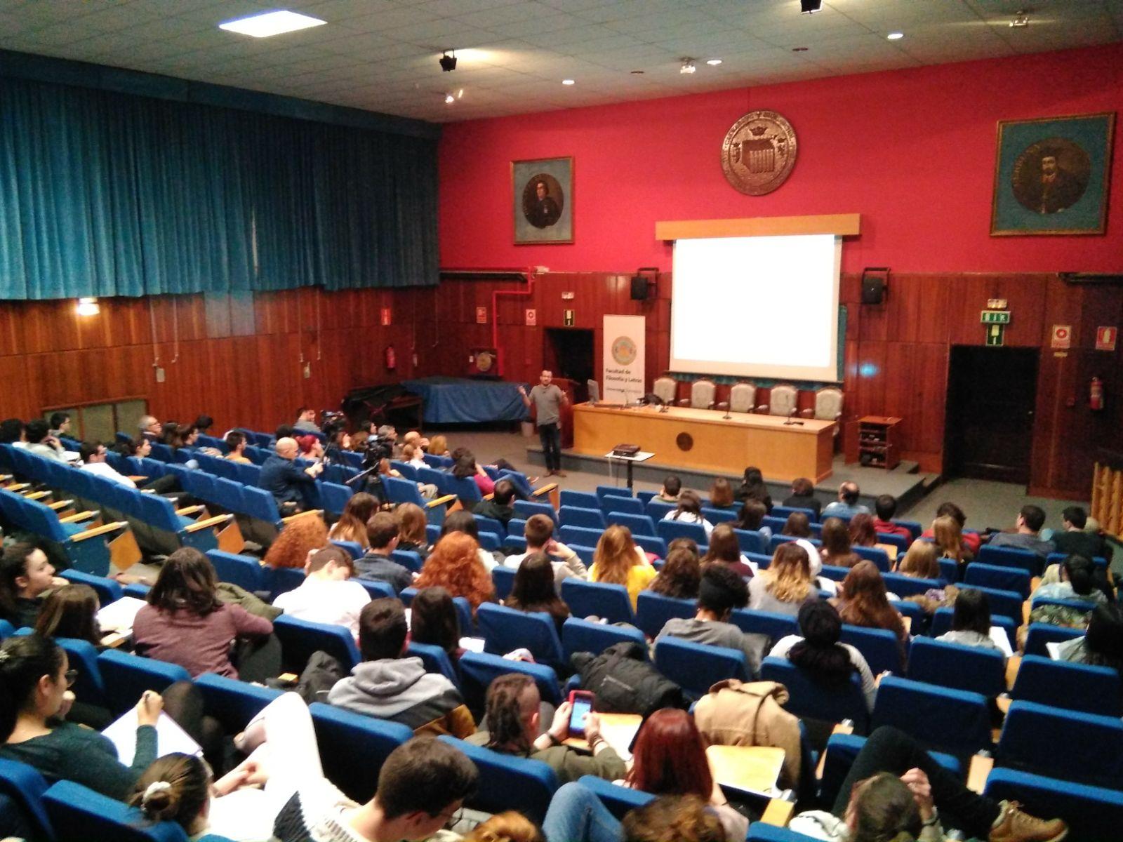 Ponència de Natxo Sorolla a la Facultat de Filosofia i Lletres de la Universitat de Saragossa