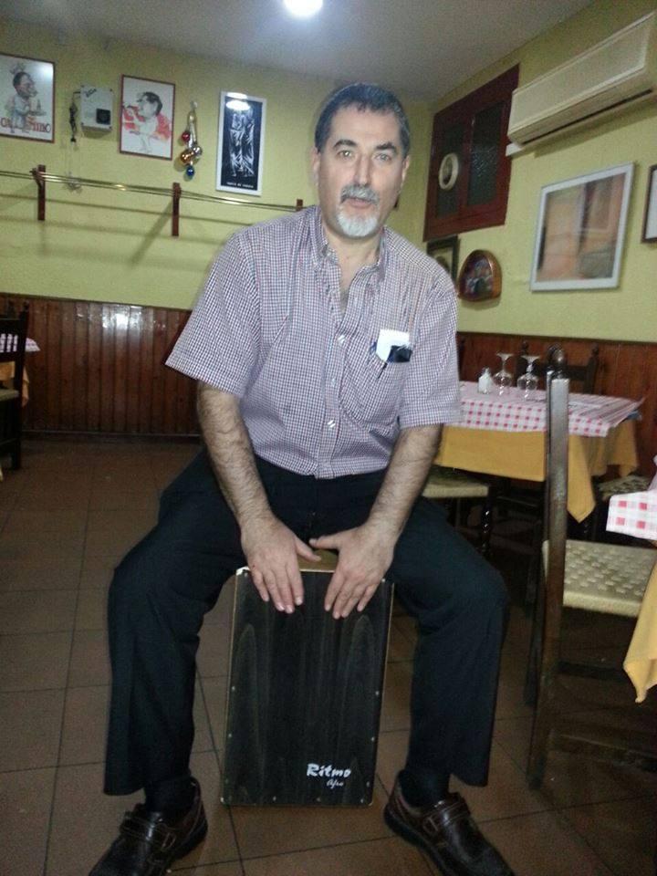 Mort d'un cambrer entranyable i solidari