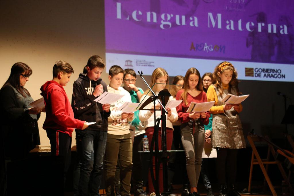 Mequinensa va obrir l'acte central de la Llengua Materna a l'Aragó
