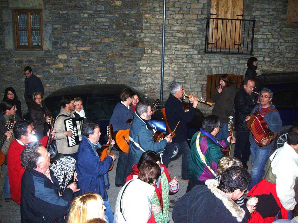 La Ronda de Boltaña i les llengües aragoneses*