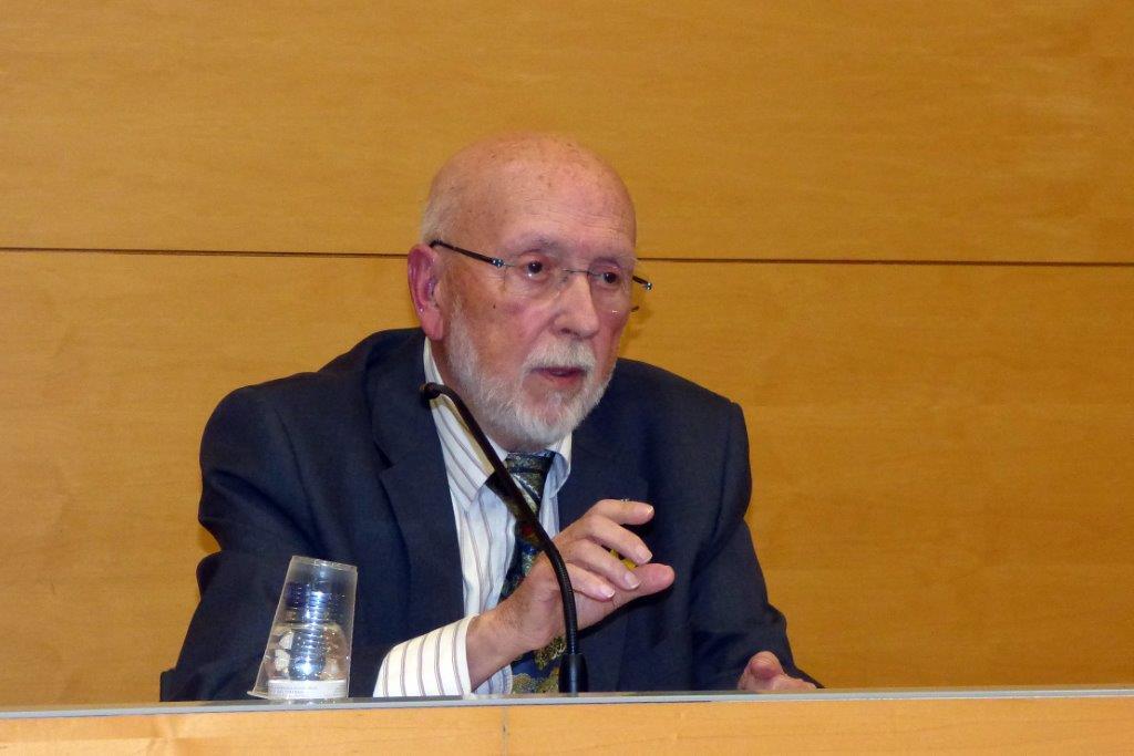 Artur Quintana difon la seua obra per Tortosa