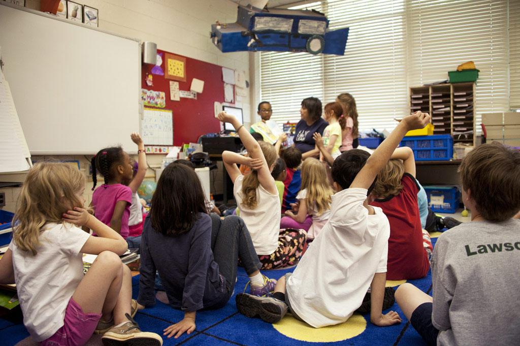 Educació impulsa la difusió de les llengües patrimonials del país als centres educatius