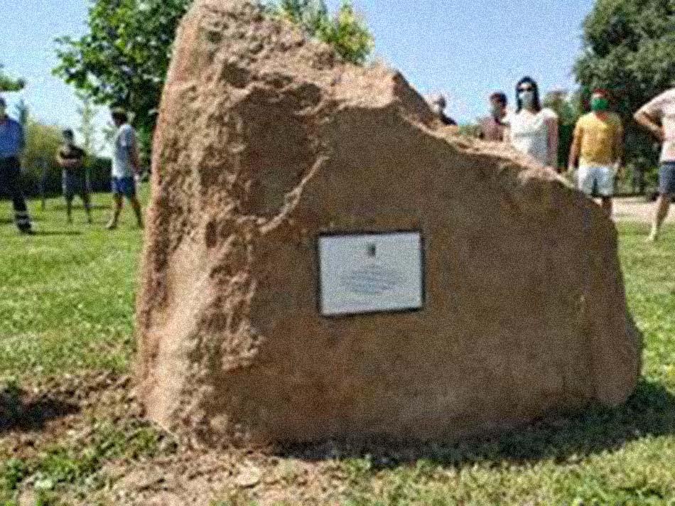 L'homenatge a les víctimes de la Covid-19 a Albelda