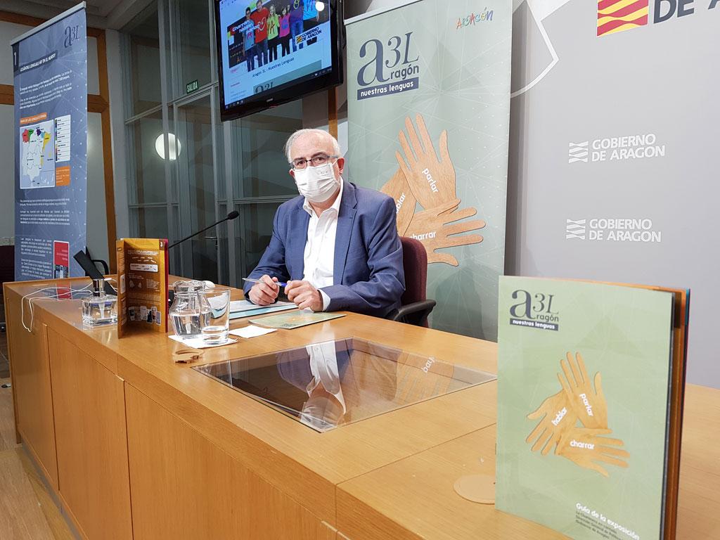 Un web i una guia didàctica acosten a les aules les tres llengües parlades a Aragó