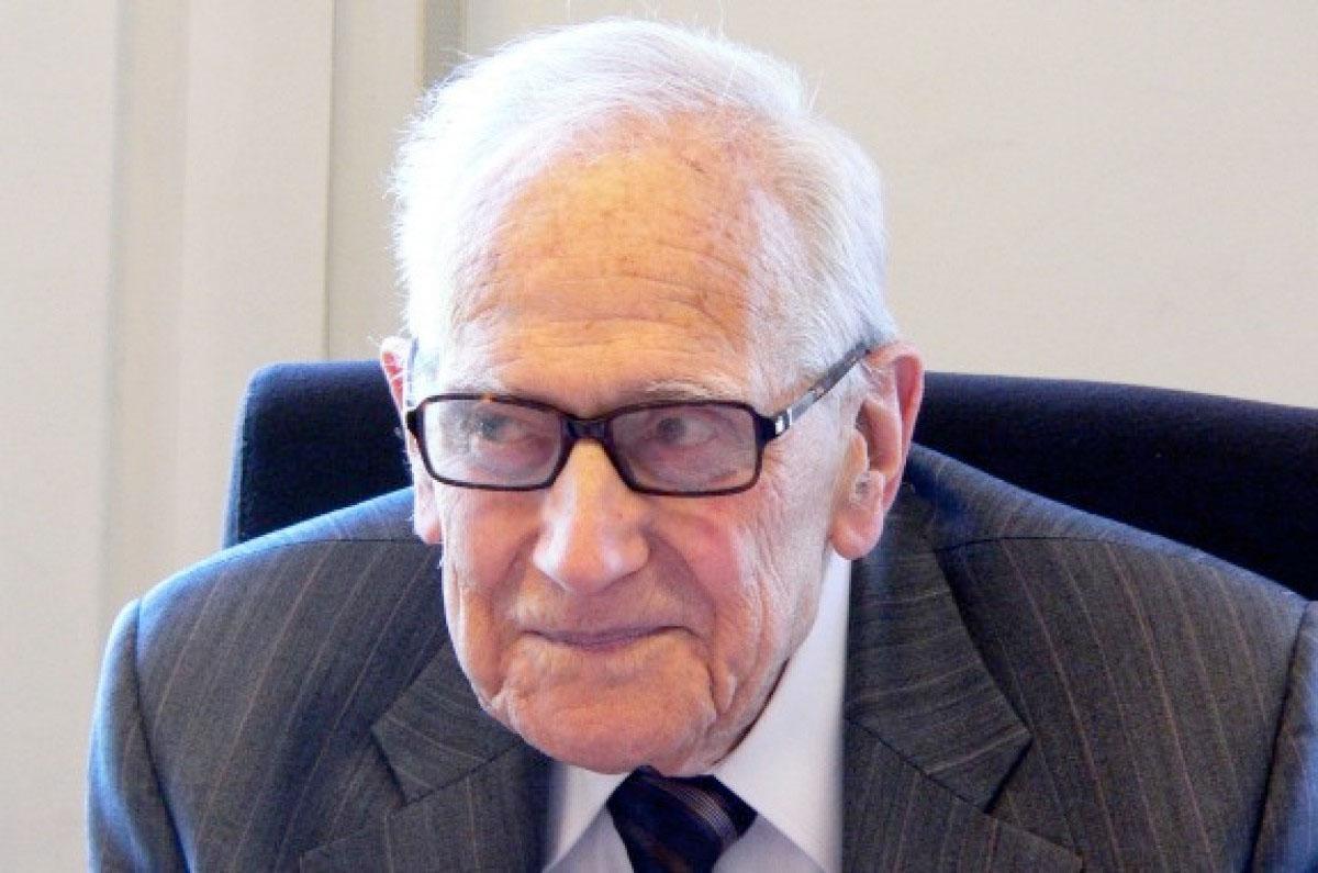 Antoni M. Badia i Margarit, ciència i passió*